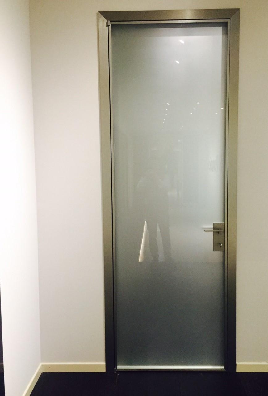 Porte in Cristallo | Produzione e vendita di Infissi e Finestre ...