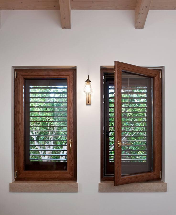 Alluminio legno produzione e vendita di infissi e finestre saliscendi - Finestre saliscendi in pvc ...