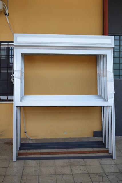 Finestre saliscendi motorizzati produzione e vendita di infissi e finestre saliscendi - Finestre saliscendi in pvc ...