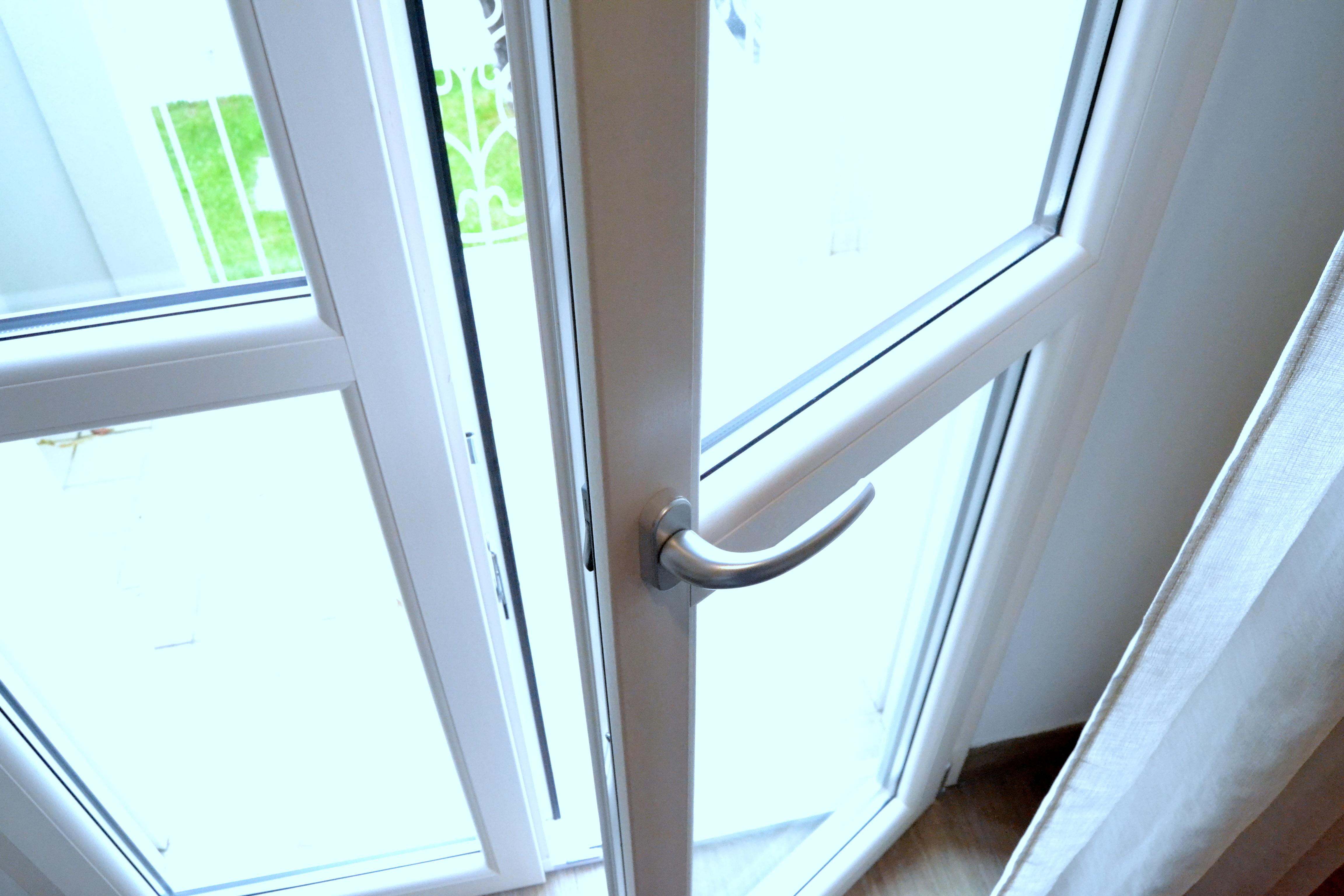 Finestre pvc produzione e vendita di infissi e finestre for Vendita finestre pvc